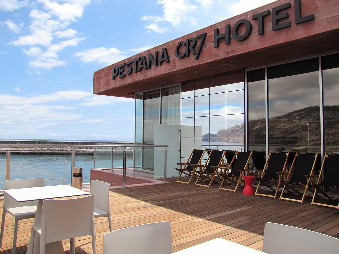 Ronaldo hotel Madeira pool deck ocean view