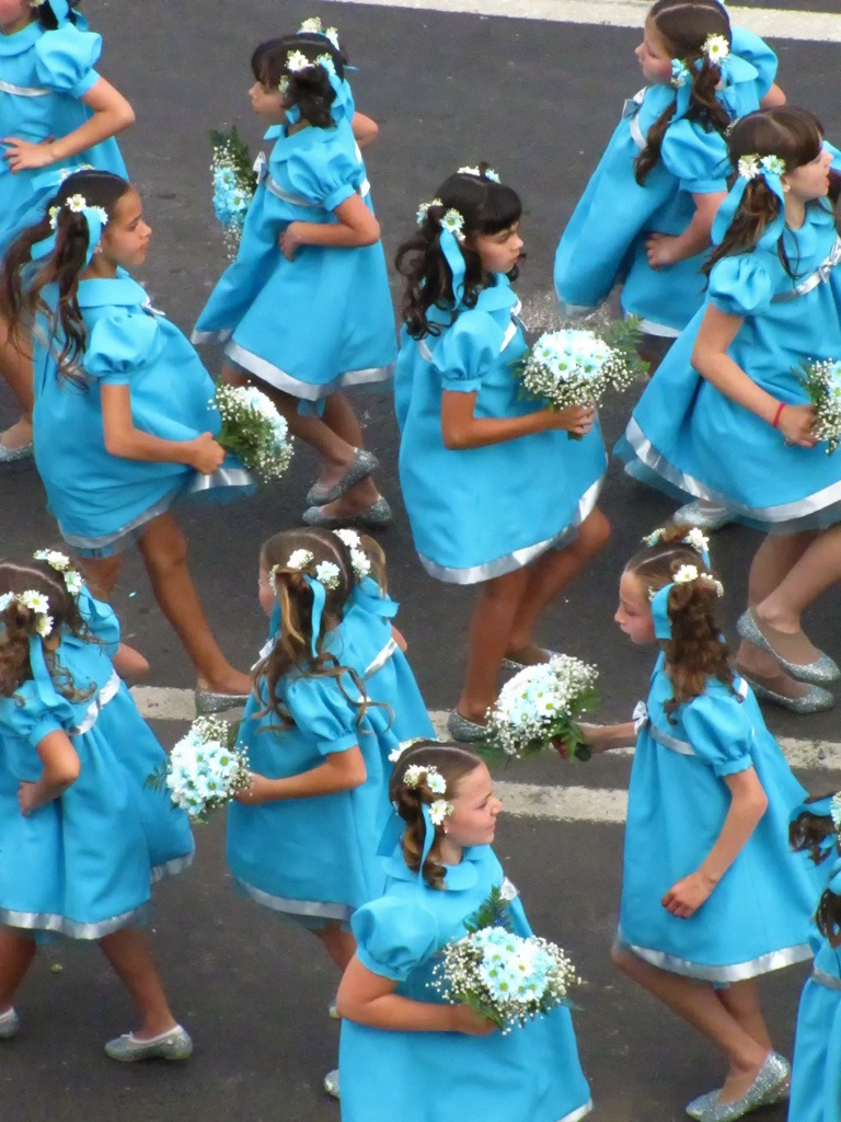 flower festival madeira dancing girls with flowers