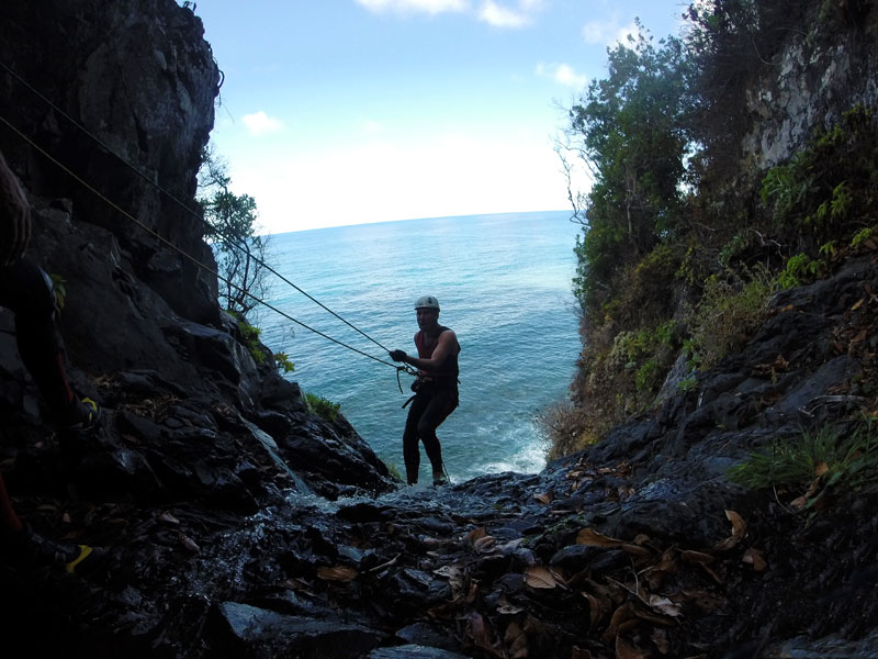 canyoning madeira abseiling cliff