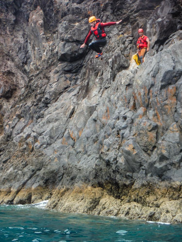 coasteering Madeira cliff jumping