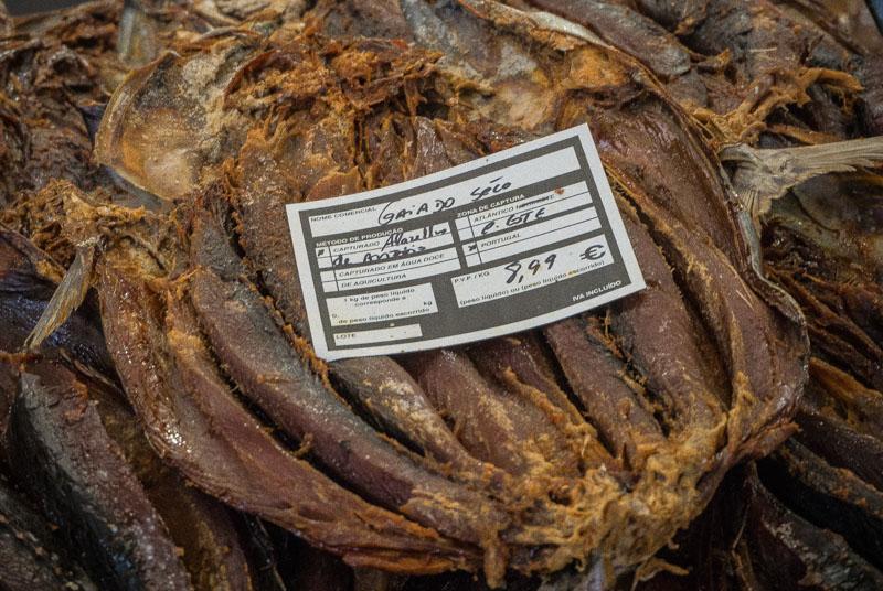mercado dos lavradores dried fish