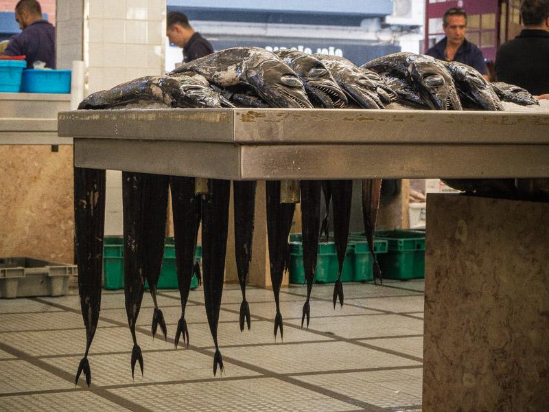 mercado dos lavradores fish espada on table